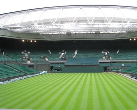 Wimbledon_Centre_Court_2009