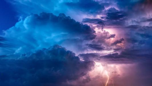 lightining clouds