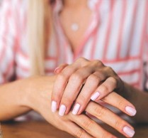 annabelle hands