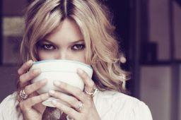 annie drinking coffee