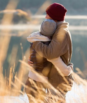 chris and annie hug